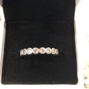 Pandora round gem ring